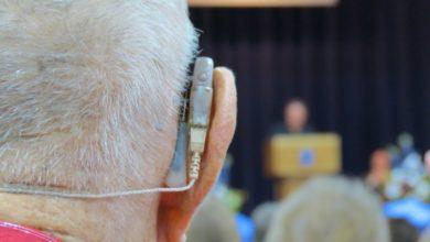 Photo of Исследование: бороться с деменцией помогают слуховые аппараты