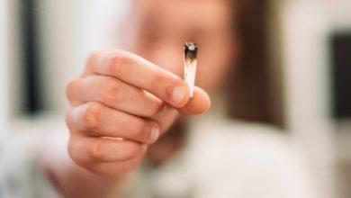 Photo of Ученый: для коронавируса привлекательны легкие курильщиков