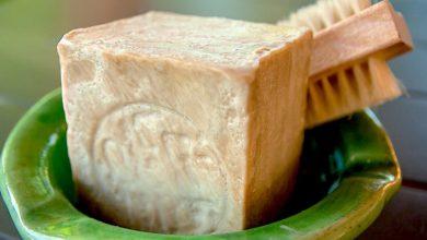 Photo of Мытье волос хозяйственным мылом: полезная процедура или враг шевелюры