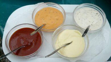 Photo of Соусы, которые делают мясо божественным: из хрена, лука, чеснока