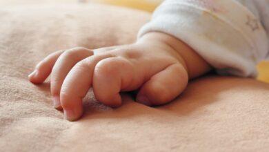 Photo of Едва не погибла из-за сильного плача: малышку спасли врачи