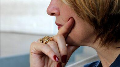 Photo of Головная боль: помогут расческа, пальцы и горячая вода