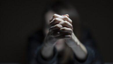 Photo of Как распознать у близкого шизофрению: ранние симптомы
