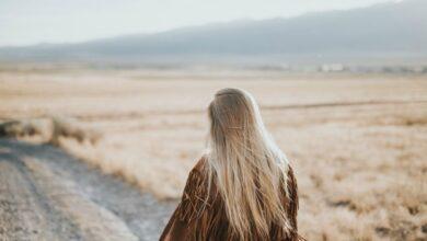 Photo of Какая бы мода ни была, длинные ухоженные волосы всегда смотрятся выигрышно.