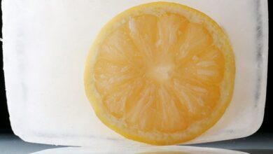 Photo of Почему следует употреблять замороженный лимон
