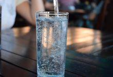 Photo of 6 признаков, что вы пьете слишком много воды